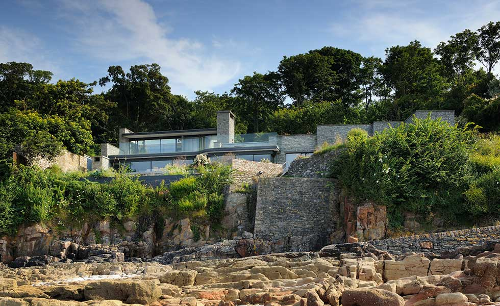 a contextual self build on a cliff by Stan Bolt
