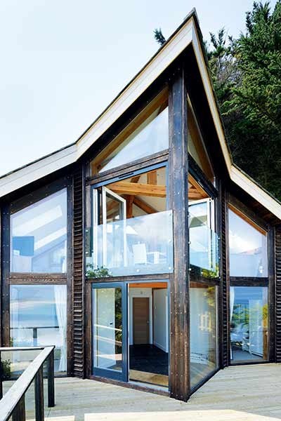 A contemporary self build on the Cornish coast