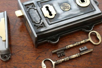 the period ironmonger lock and key