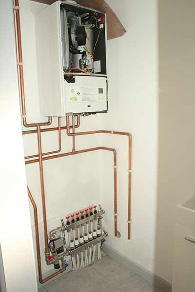 David Snell's boiler is installed in his self build and fired up