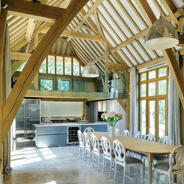 barn-style-oak-frame-kitchen-diner-extension