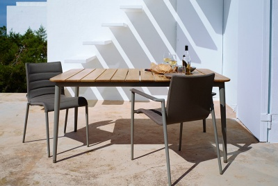 IQ Furniture Core Outdoor Dining Table