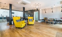 peak oak solid oak flooring cafe