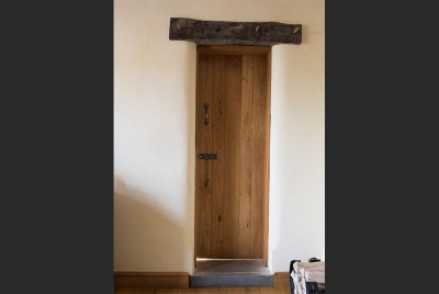 peak oak solid door closed