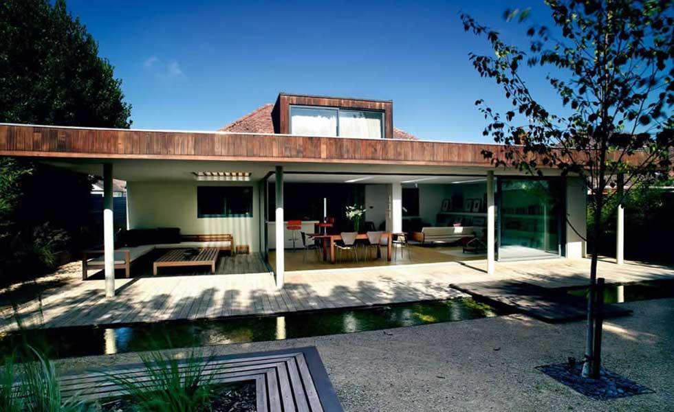 flat-roof-wraparound-bungalow-extension