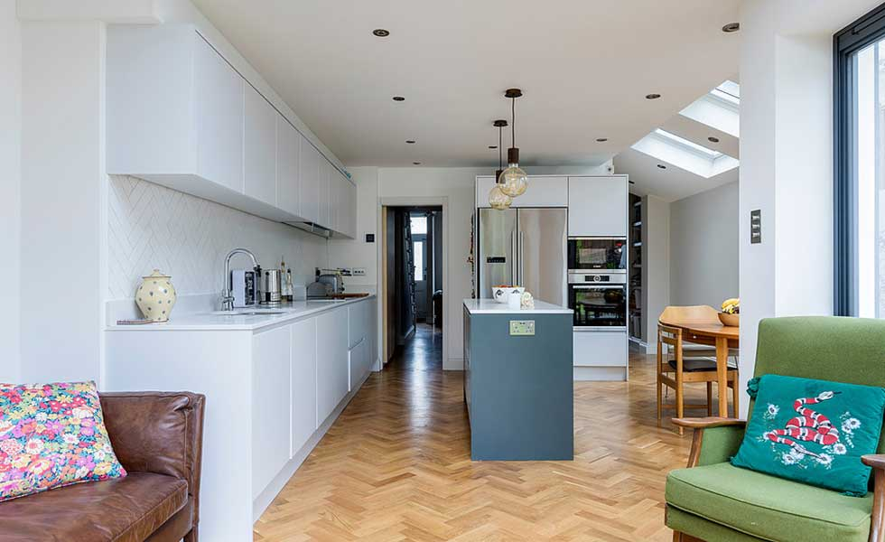 Open plan kitchen diner with side return extension
