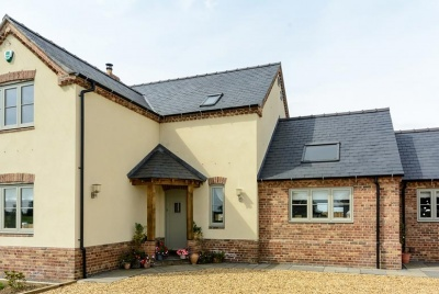 For this rural self-build, acoustic laminates were specified for the timber casement windows to help prevent noise pollution from agriculture machinery.