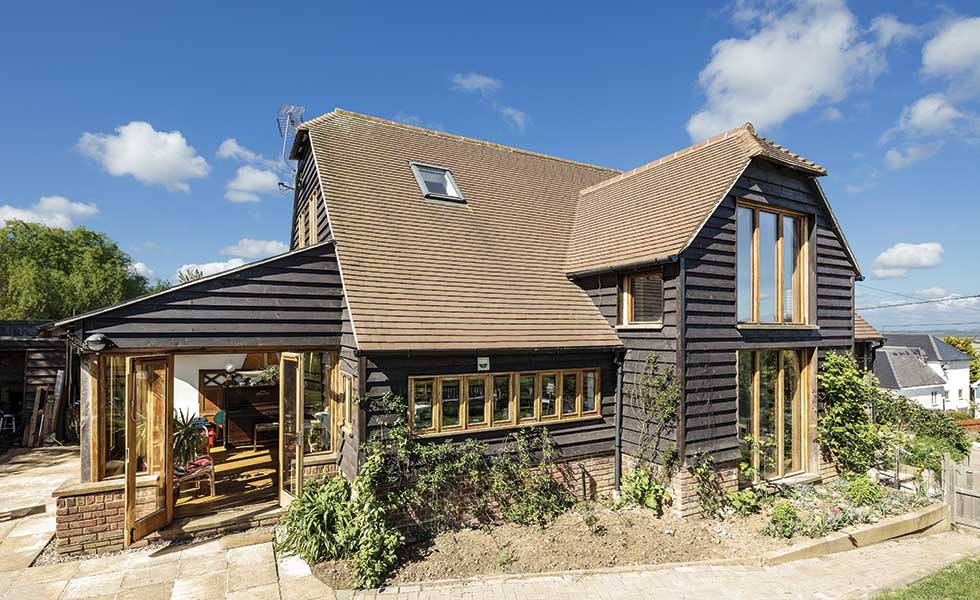 main-side-elevation-of-open-plan-oak-frame-home