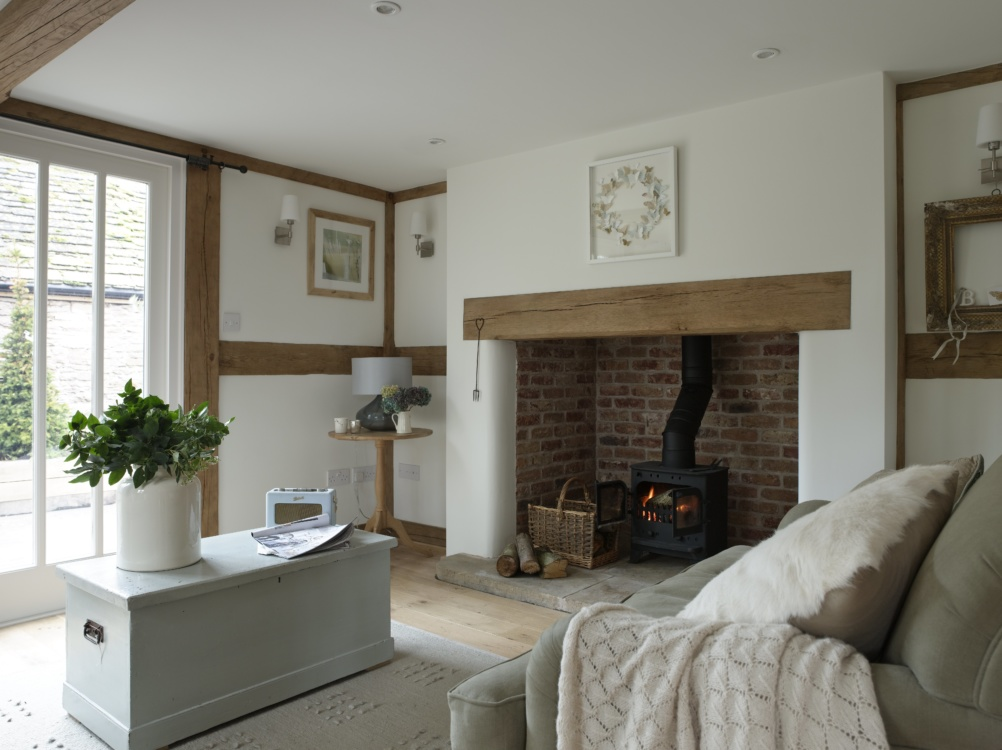 Cosy oak framed living room