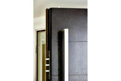 secrue-house-steel-doors
