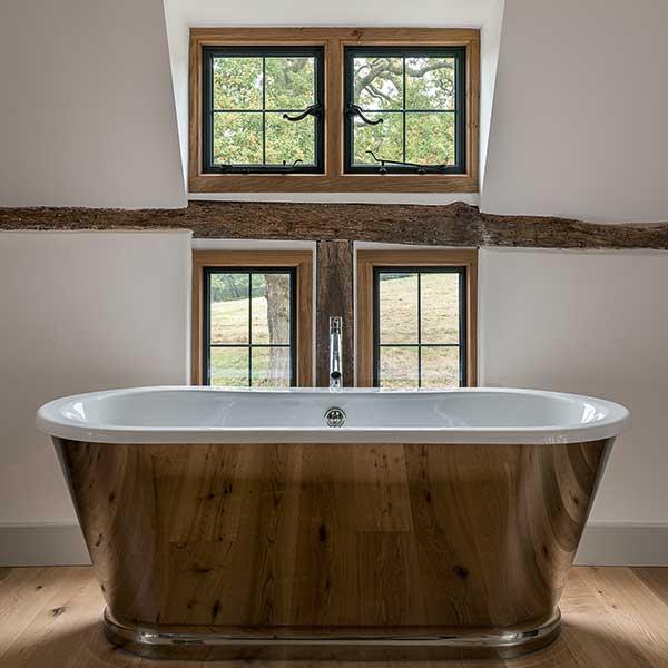 Freestanding copper bath