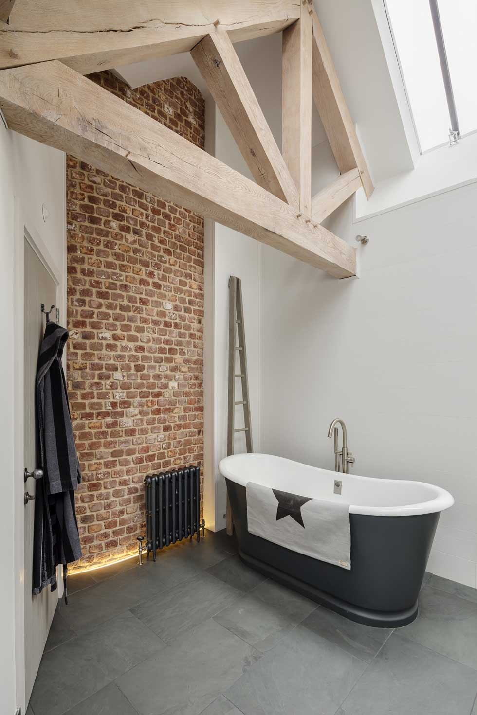 free standing bath in en suite