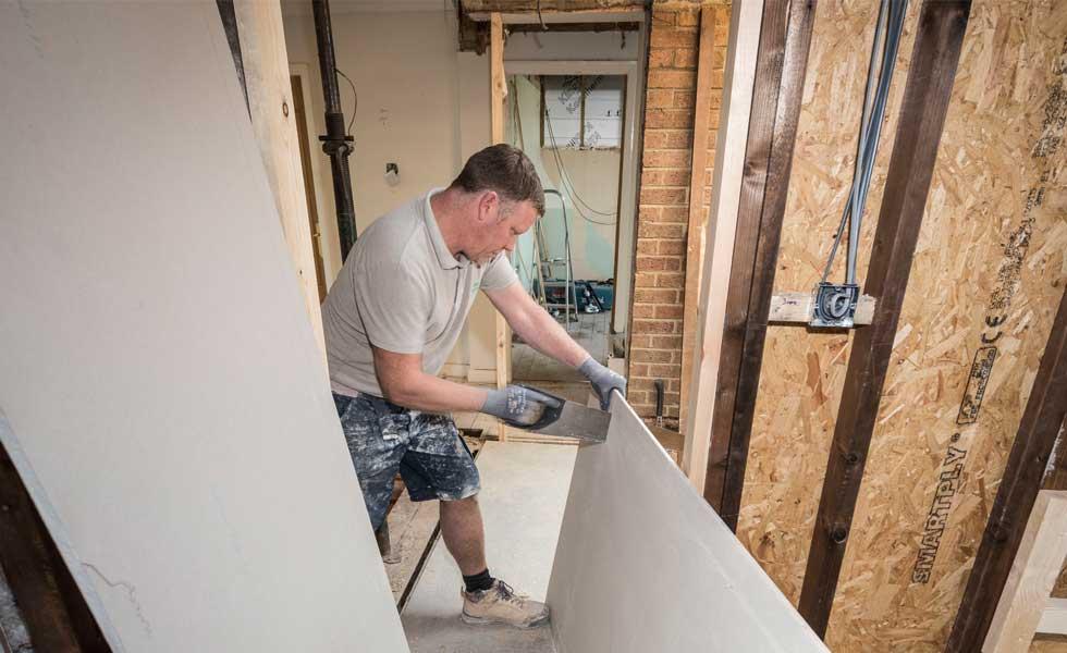 cutting gyproc habito plasterboard