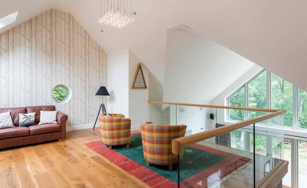 Mezzanine level with glazed balustrade