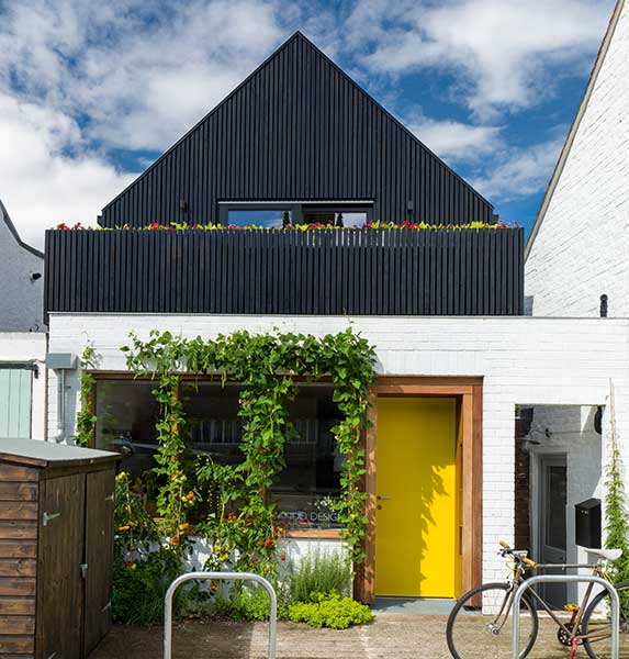 Small energy-efficient home converted on a budget