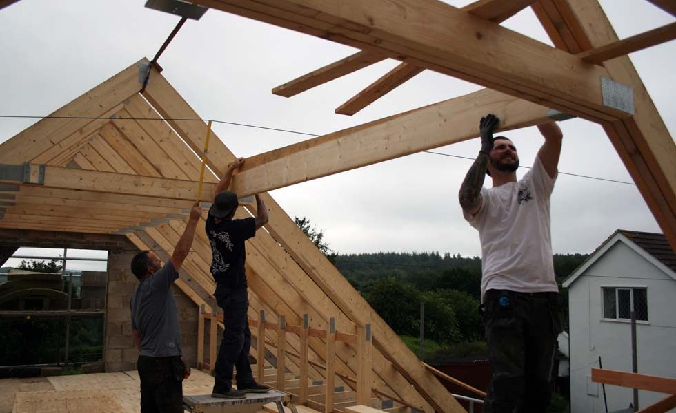 Building a house - constructing the roof