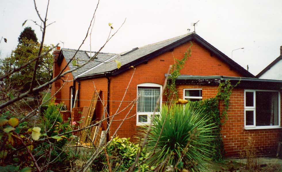 Dated bungalow for renovation