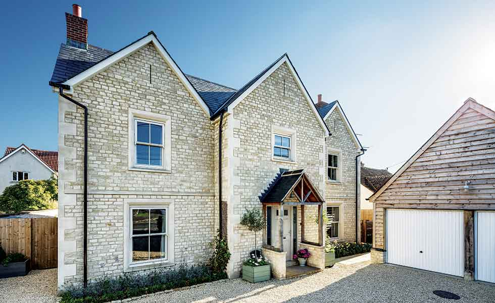 This Cotswold traditional self build has been built to look like a Georgian cottage