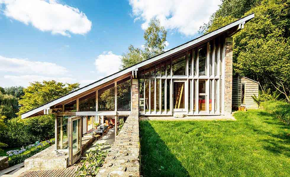 Sloping roof on 1960s renovation in Wiltshire