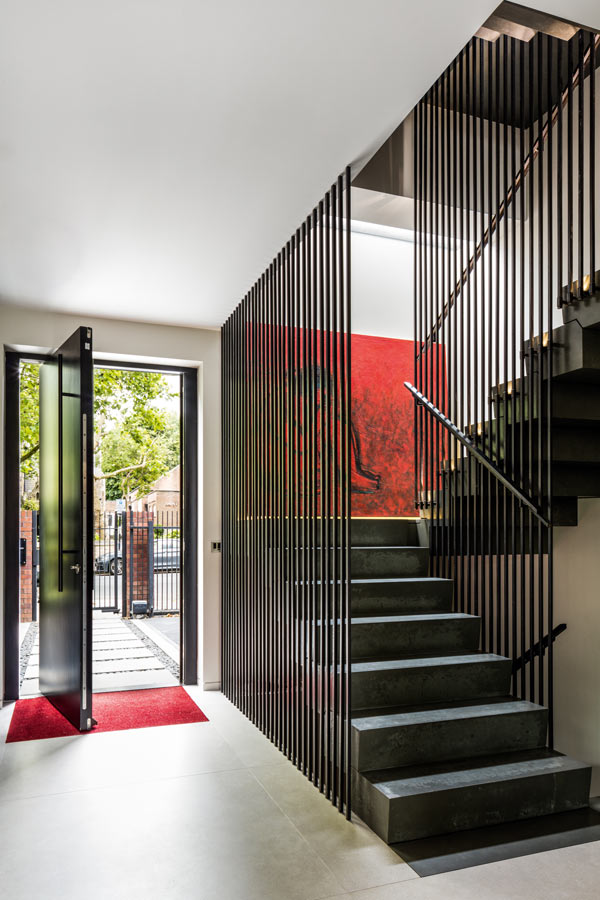 Create a striking staircase design with the inclusion of full-height balustrading