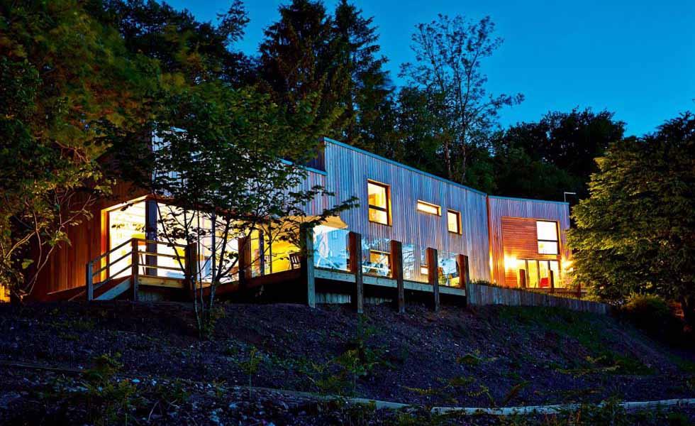 Contemporary woodland self build