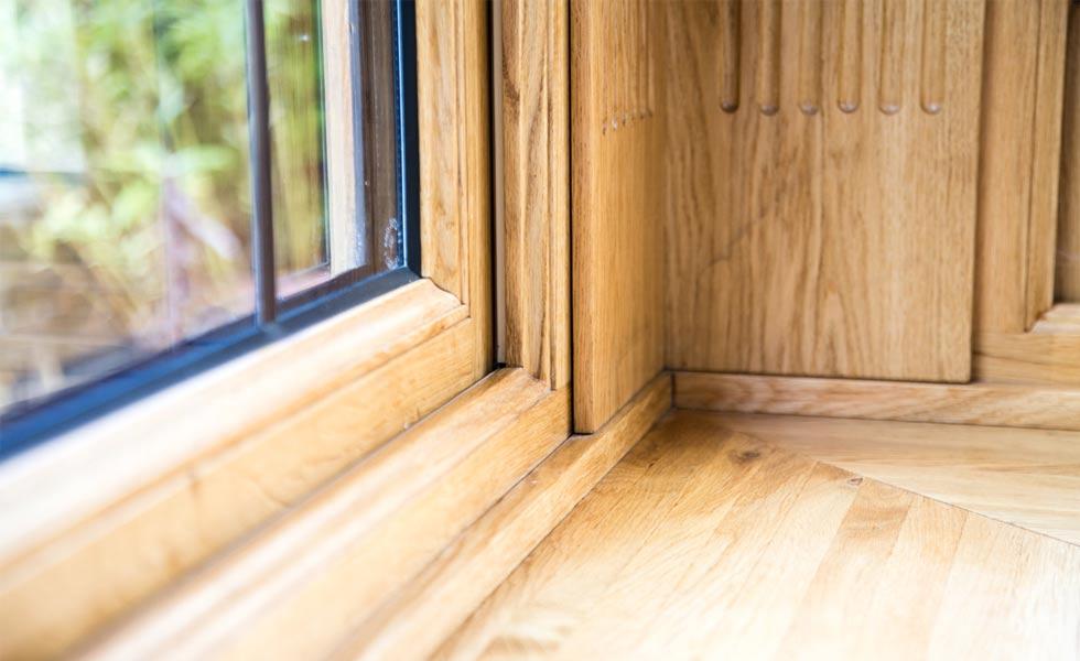 richmoind oak window close up