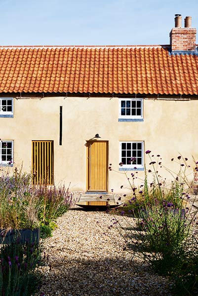 Listed cottage with render