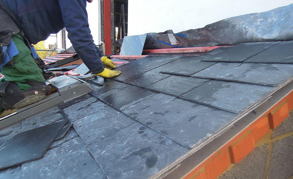 installing-slate-to-roof