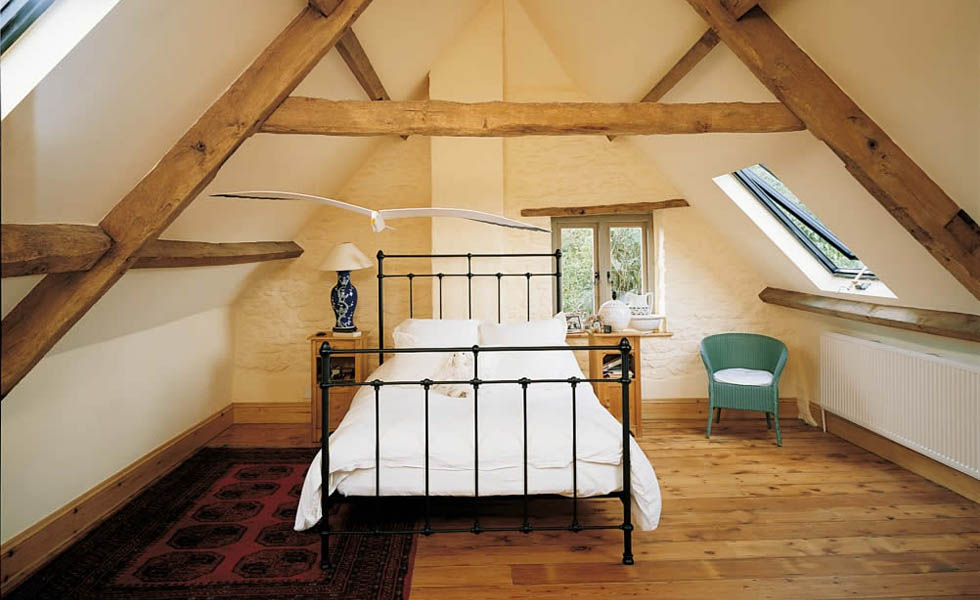 Bedroom loft conversion in a period home