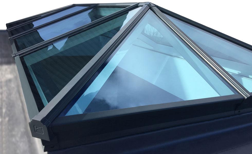 Korniche roof lantern close up