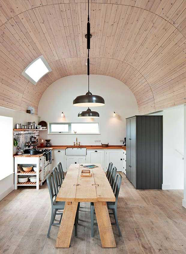 Kitchen with barrel ceiling