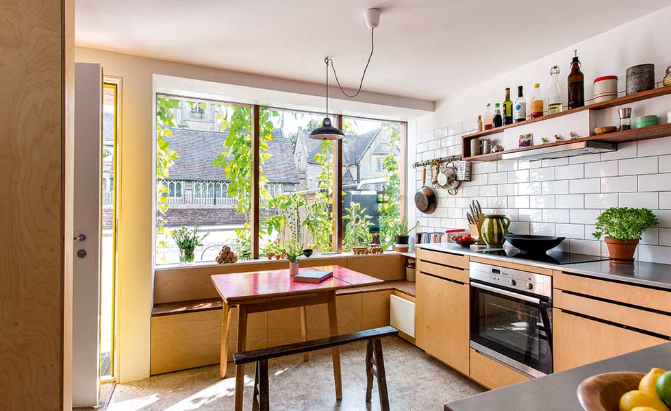 space-saving-kitchen-in-compact-home