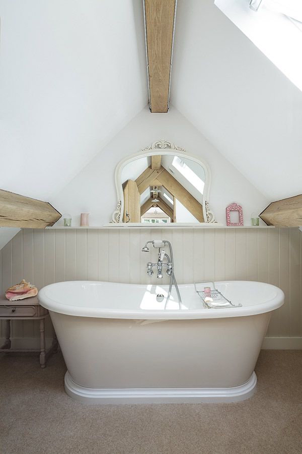 roll top bath in eaves bathroom
