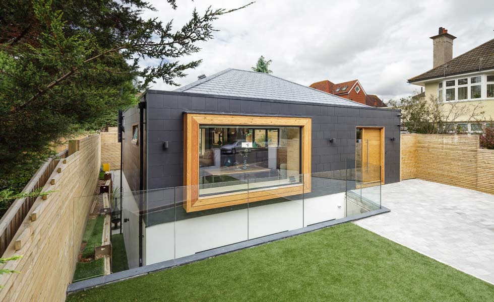 larch and fibre cement cladding on contemporary home