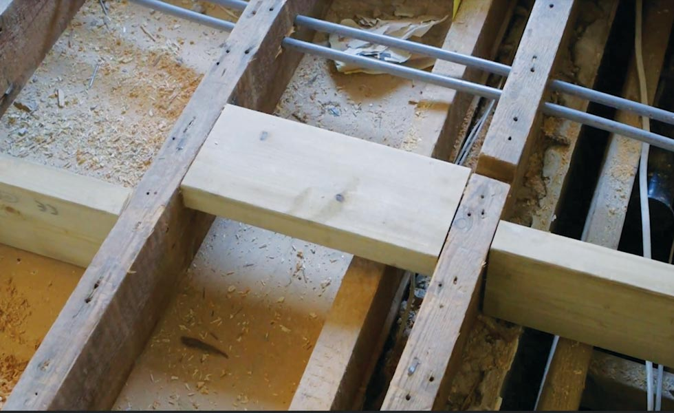 use noggins to help strengthen old floor joists
