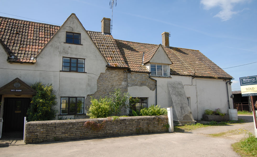 Period farmhouse in need of render repair