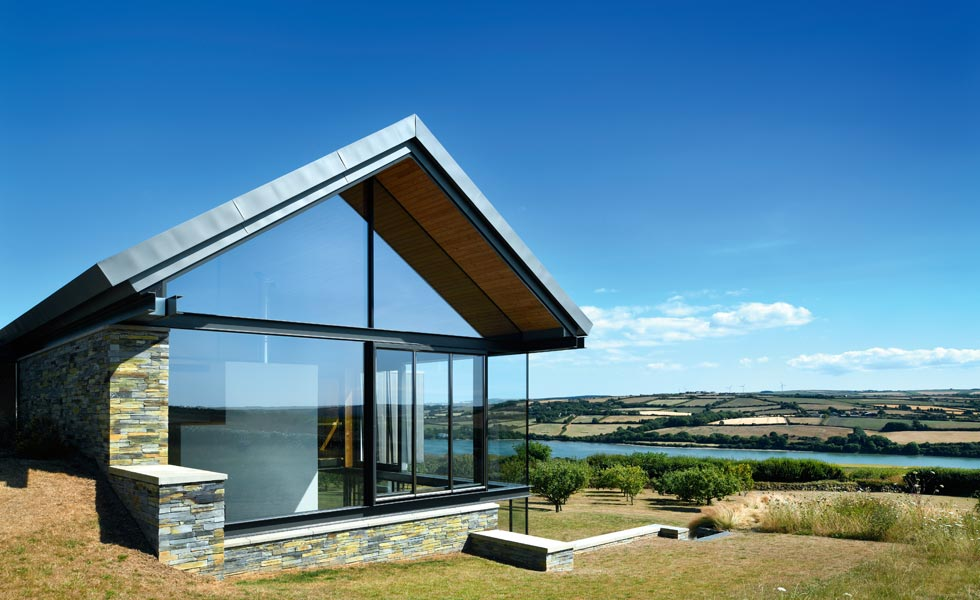 overhanging gable on Stan Bolt-designed home in Cornwall