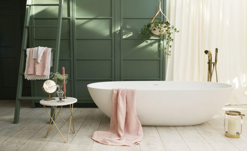Luxury bathroom with freestanding bath