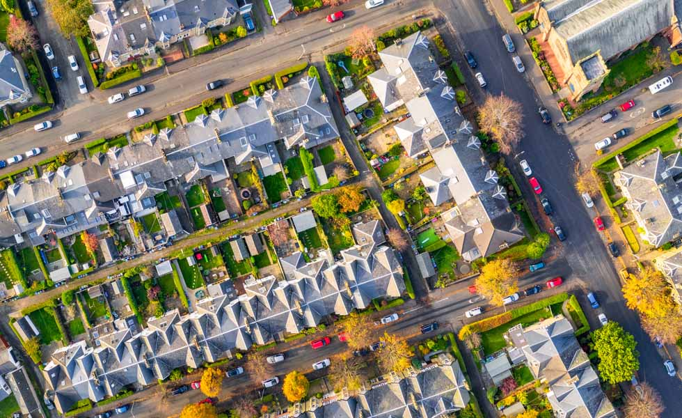 House prices to drop 7.5% in 2020
