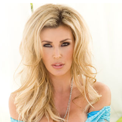 UK adult superstar Tanya Tate wins award