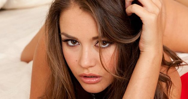 Sexy Porn Star Allie Haze Signs with Vivid