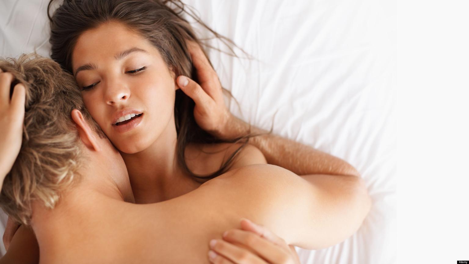 Мужики с девками оргазм рейчел
