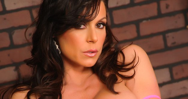 Kendra Lust nominated for 2015 AVN Award