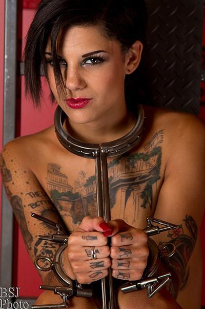 Fetish porn star Bonnie Rotten