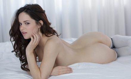 Jenna J Ross gives a threesome to remember