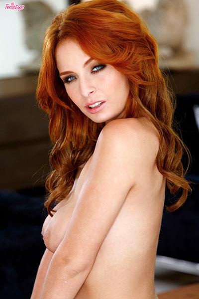 Ashlee Graham naked