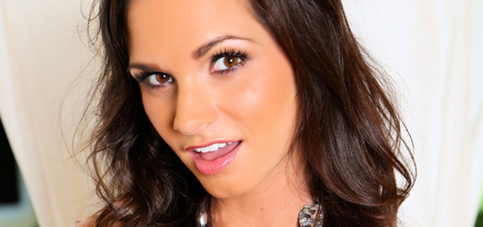 Ashley Sinclair owns Instagram!
