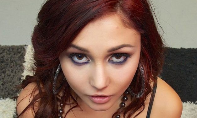 Ariana Marie –Half-Latin hottie porn star