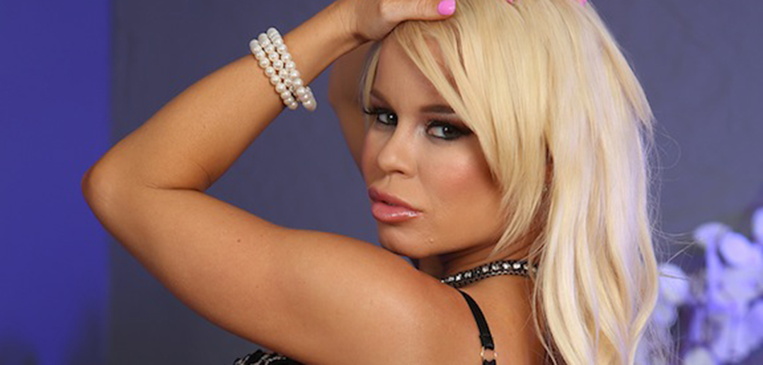 Nikki Delano returns to Cadillac Lounge
