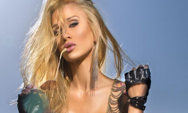 Sarah Jessie heads to Vegas for AVN Awards